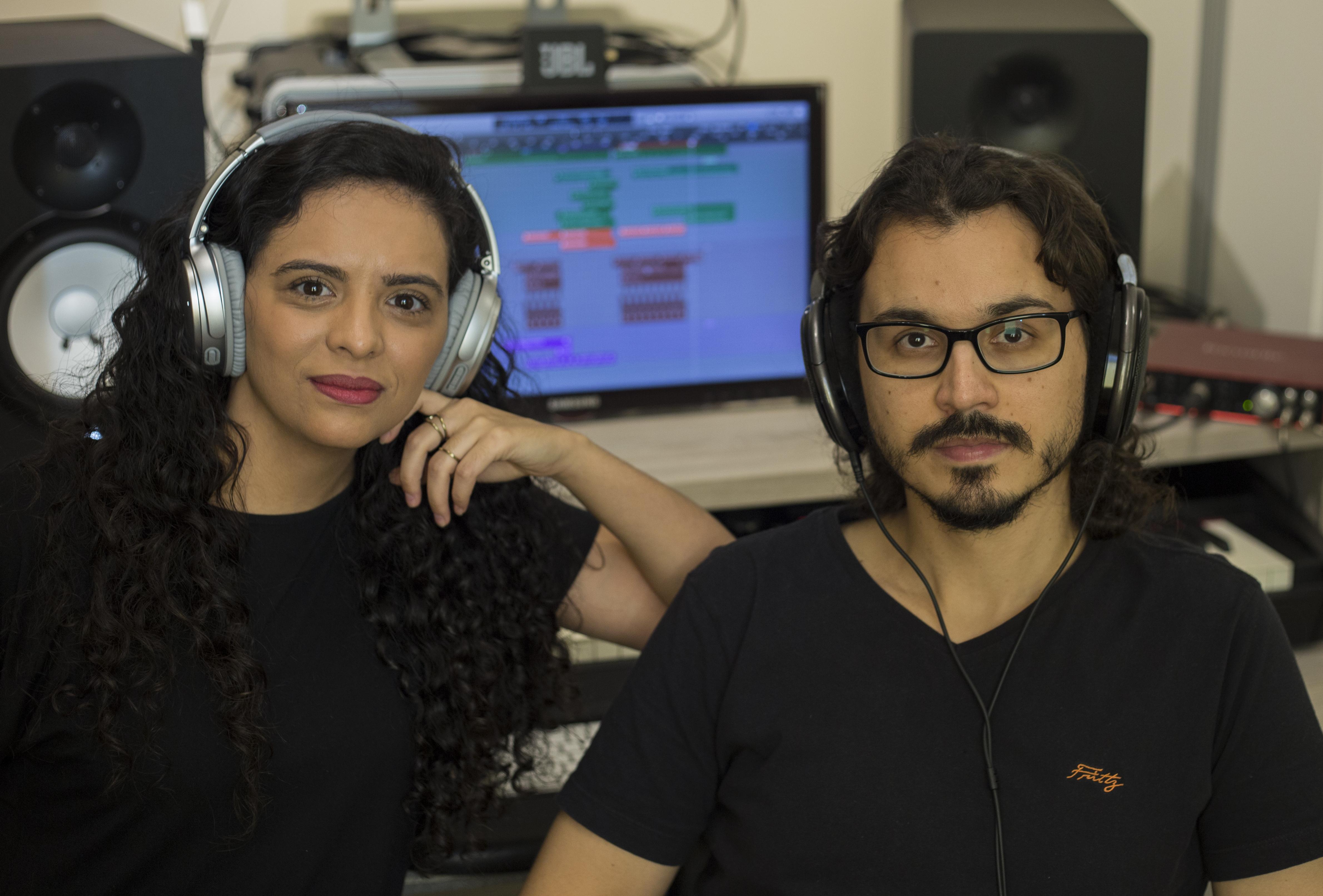 Oficina na SIM São Paulo leva conhecimentos técnicos de áudio para cantores